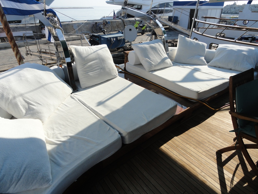 beds outside on board