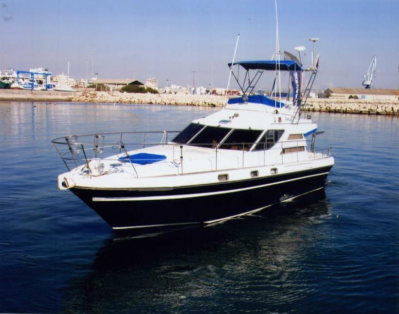 boat for rent in larnaca