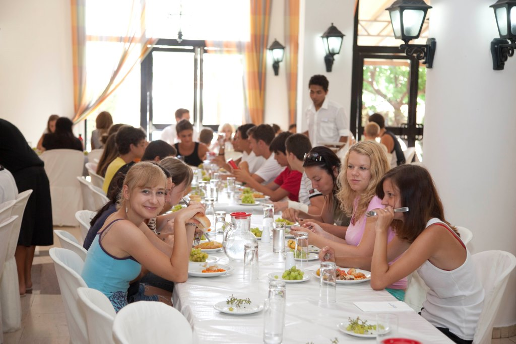 kids camp in Episkopi, lunch time