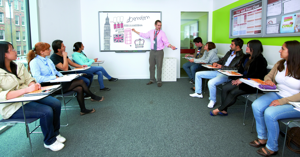 Learning English in UK, classes